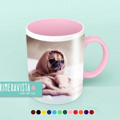 Imagen de producto taza personalizada con el interior y asa de color y ejemplo de colores disponibles