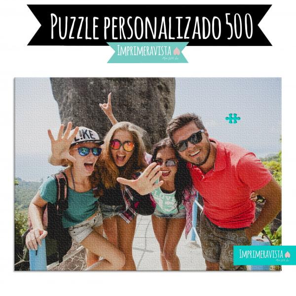 puzzle con una fotografía de unos amigos de viaje