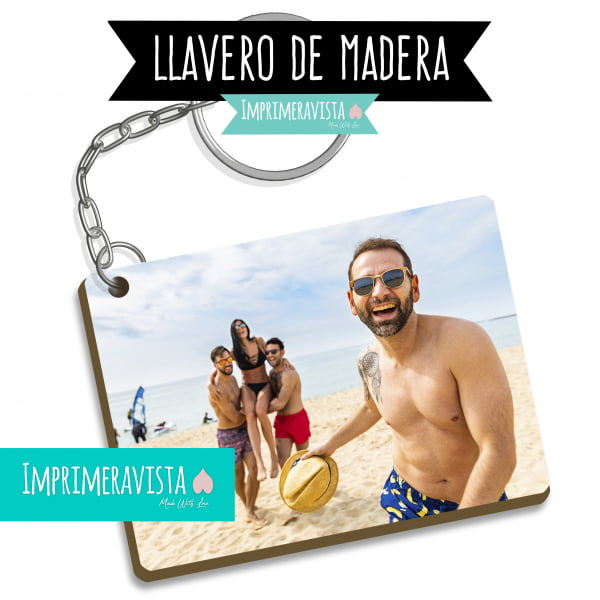 regalo de madera rectangular personalizado con una fotografía de un grupo de amigos